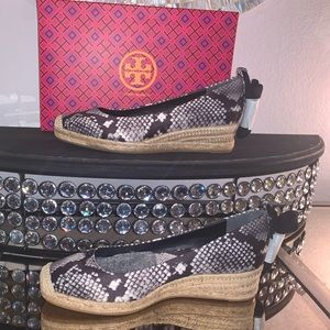 Tory Burch Heather Ankle wrap Espadrille, size 8.5